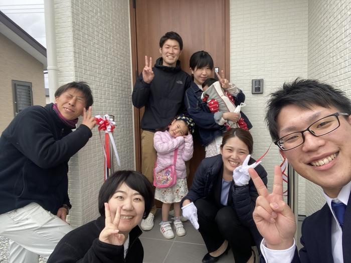 新築注文住宅M様邸、記念撮影です。須賀川市森宿| 郡山市 新築住宅 大原工務店のブログ