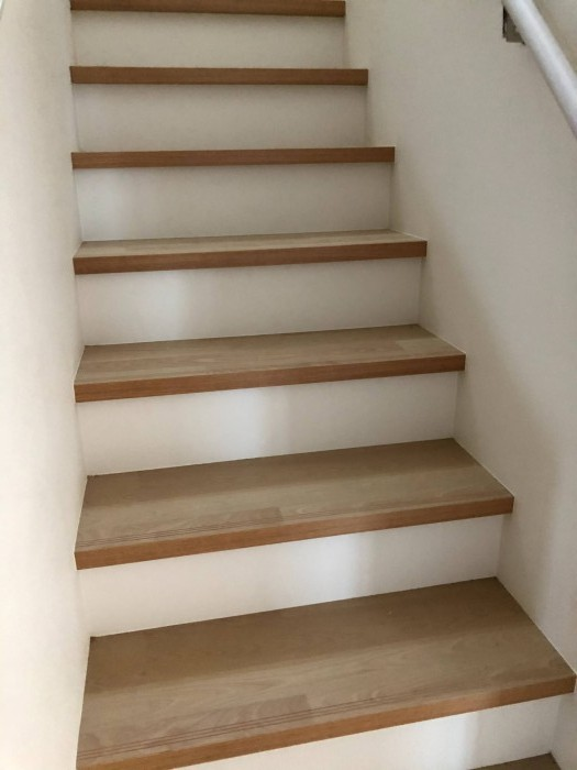 完成した階段の写真です。郡山市富久山町八山田H様邸| 郡山市 新築住宅 大原工務店のブログ