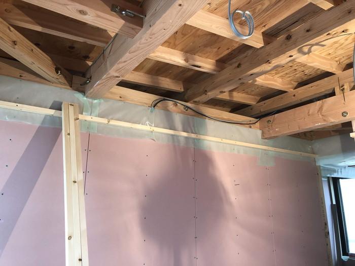 小屋裏の気密シートの検査です。|郡山市 新築住宅 大原工務店のブログ