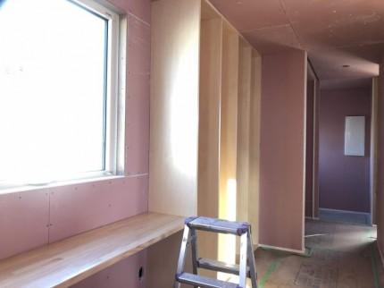 造作の本棚もいい感じです。郡山市開成| 郡山市 新築住宅 大原工務店のブログ