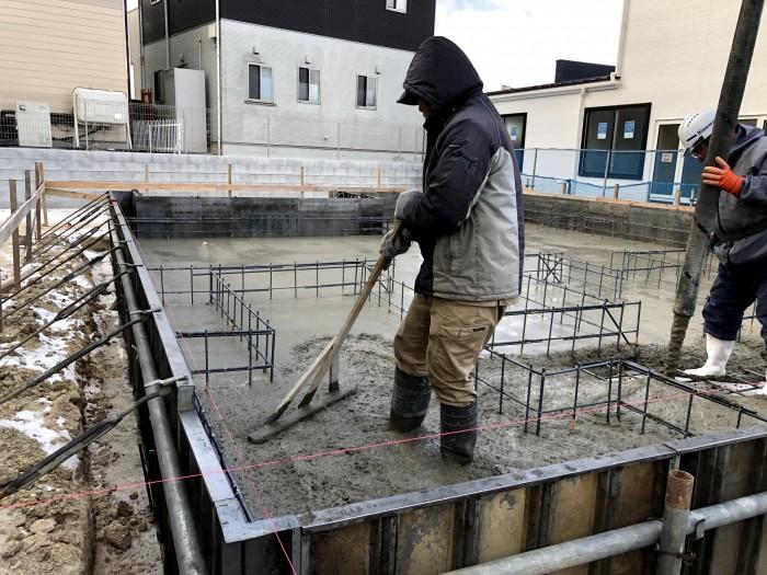 コンクリートの水分を抜いています 須賀川市森宿 |郡山市 新築住宅 大原工務店のブログ