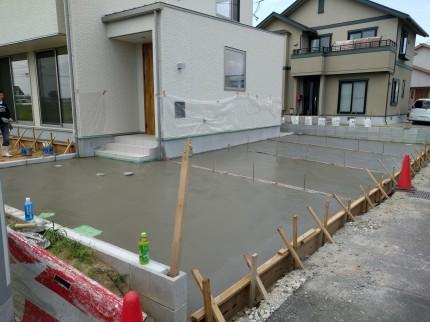 駐車場コンクリート完成