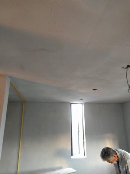 漆喰下塗り 新築