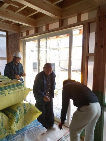 新築戸建てのサッシ取付です。|郡山市 新築住宅 大原工務店のブログ