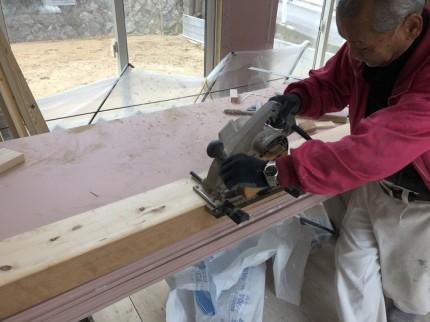 玄関框の溝堀です。|郡山市 新築住宅 大原工務店のブログ