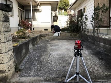 レーザーレベルを使って高さを測っていきます。郡山市喜久田町| 郡山市 新築住宅 大原工務店のブログ
