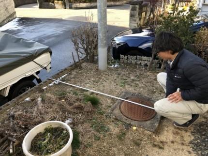 障害物がある場合は、しっかり測っていきます。郡山市喜久田町| 郡山市 新築住宅 大原工務店のブログ