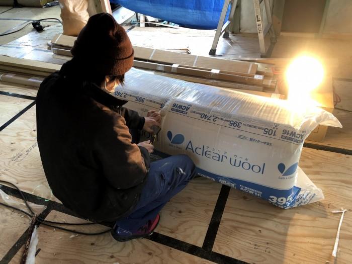 アクリアウールという断熱材を使用しています。郡山市安積町  郡山市 新築住宅 大原工務店のブログ