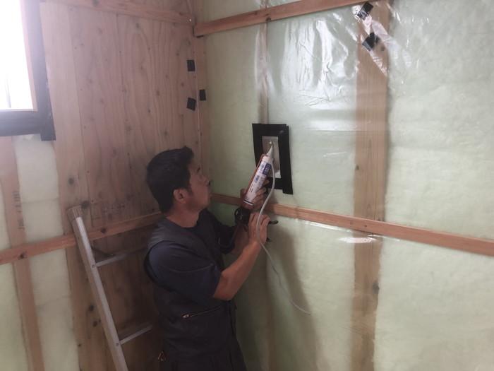 高気密のためのシーリング処理です。|郡山市 新築住宅 大原工務店のブログ