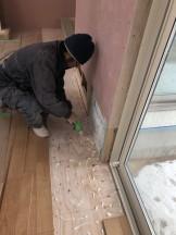 オシャレな新築のフローリングを貼っていきます。郡山市富久山町| 郡山市 新築住宅 大原工務店のブログ