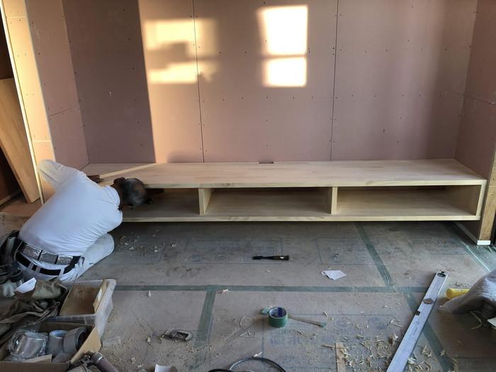TVボードの取付です。|郡山市 新築住宅 大原工務店のブログ