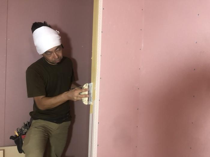 大原工務店で新築注文住宅建築中C様邸、パテを塗っていきます。郡山市開成  郡山市 新築住宅 大原工務店のブログ