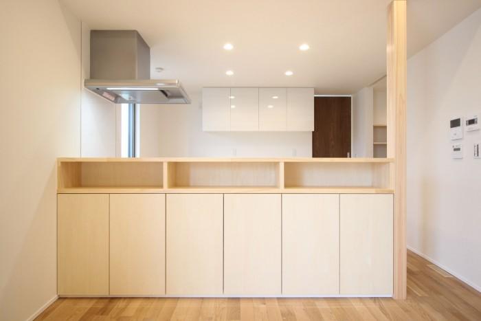 造作のキッチンカウンター収納です!| 郡山市 新築住宅 大原工務店のブログ