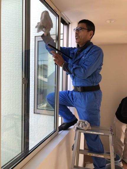ハウスクリーニングの窓ふきです。|郡山市 新築住宅 大原工務店のブログ