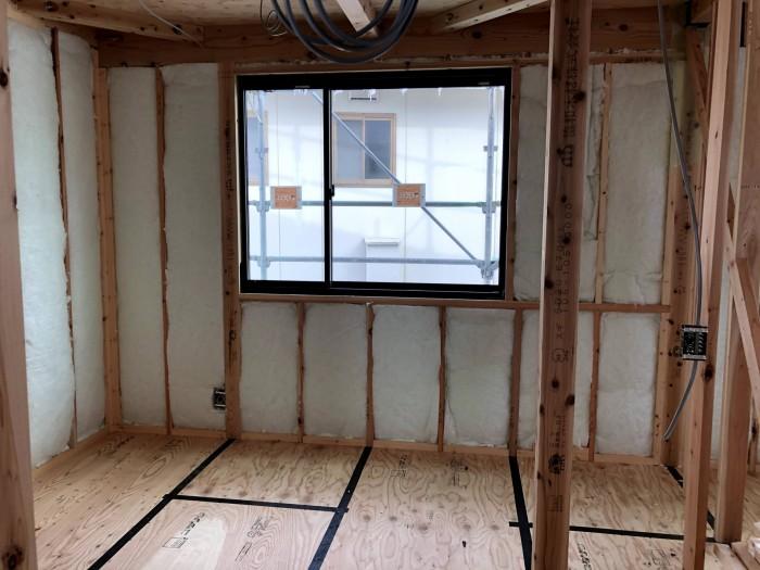 断熱材の施工が終わった写真です。須賀川市森宿  郡山市 新築住宅 大原工務店のブログ