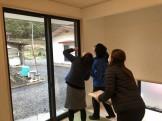 傷チェックをしているところです西白河郡矢吹町S様邸| 郡山市 新築住宅 大原工務店のブログ