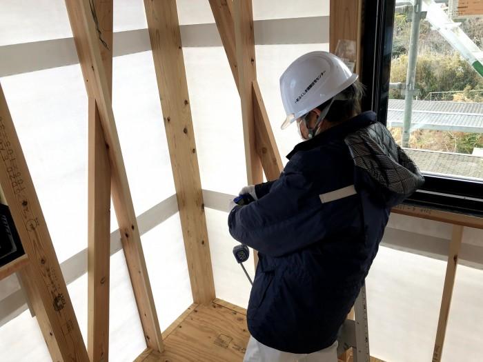 写真を撮って検査しています。郡山市深沢 郡山市 新築住宅 大原工務店のブログ