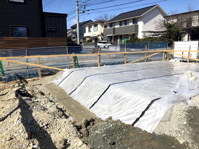 防湿シートを施工していきます。郡山市安積町| 郡山市 新築住宅 大原工務店のブログ