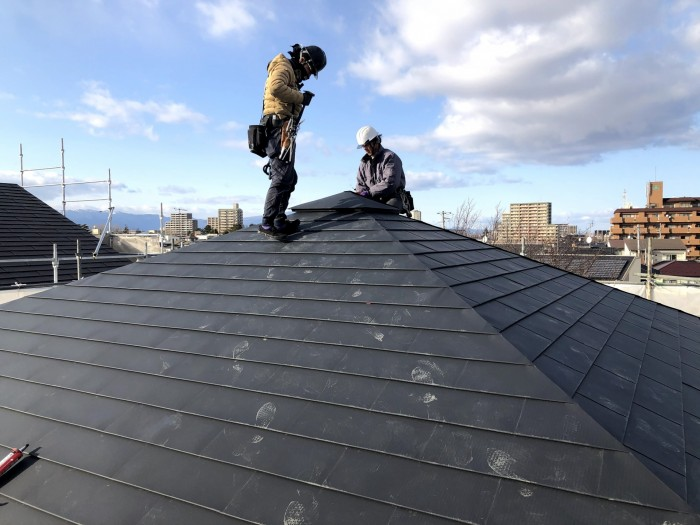 屋根工事が葺き終わりました 郡山市深沢 |郡山市 新築住宅 大原工務店のブログ