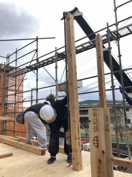 上棟の柱を建てます。|郡山市 新築住宅 大原工務店のブログ