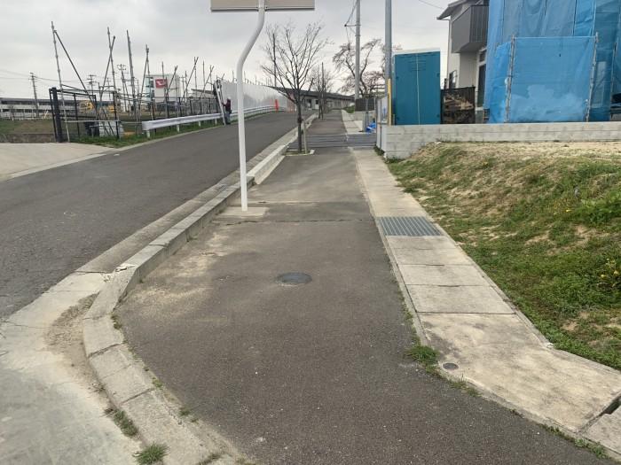 お家の目の前の歩道です! 郡山市 新築住宅 大原工務店のブログ