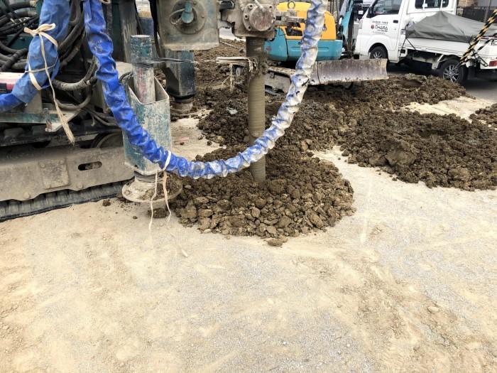 機械で掘っていきます。郡山市東原F様邸| 郡山市 新築住宅 大原工務店のブログ