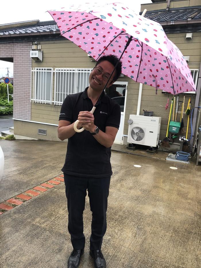 イチゴ柄の傘です。|郡山市 新築住宅 大原工務店のブログ