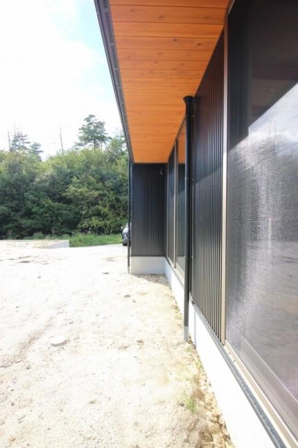 軒天井に杉を貼っています。須賀川市北横田| 郡山市 新築住宅 大原工務店のブログ
