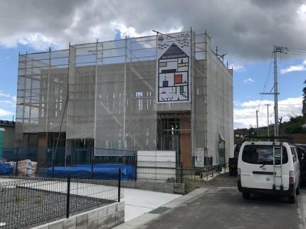 新築現場に足場シートがかけられました。田村市船引町|郡山市 新築住宅 大原工務店のブログ