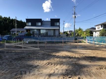 丁張りで、建物の位置出しをしていきます。須賀川市北横田|郡山市 新築住宅 大原工務店のブログ