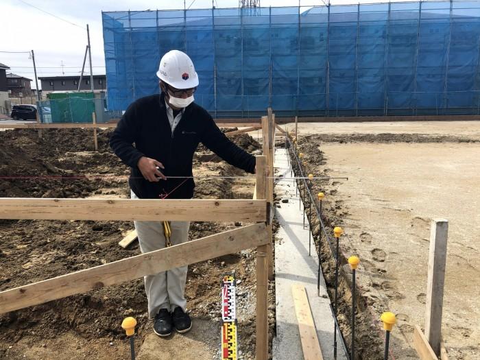 離れの寸法を測ります。 郡山市東原 |郡山市 新築住宅 大原工務店のブログ