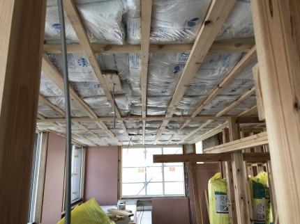 船引町W様邸新築工事の断熱材施工 | 郡山市 新築住宅 大原工務店のブログ