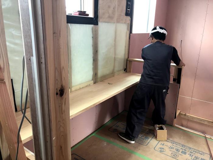 造作のカウンターの施工です。|郡山市 新築住宅 大原工務店のブログ
