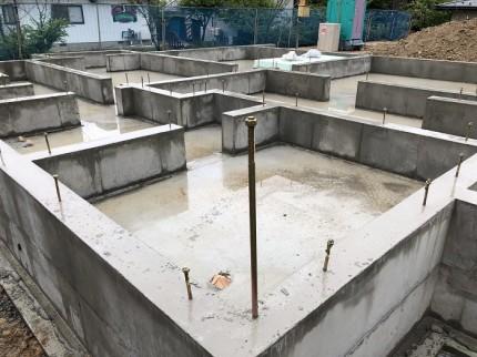 基礎の金物チェックです。須賀川市北横田|郡山市 新築住宅 大原工務店のブログ