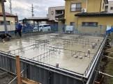 スラブ打設してます。福島県会津若松市|郡山市 新築住宅 大原工務店のブログ