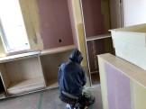 壁紙を貼っていきます。郡山市喜久田町| 郡山市 新築住宅 大原工務店のブログ