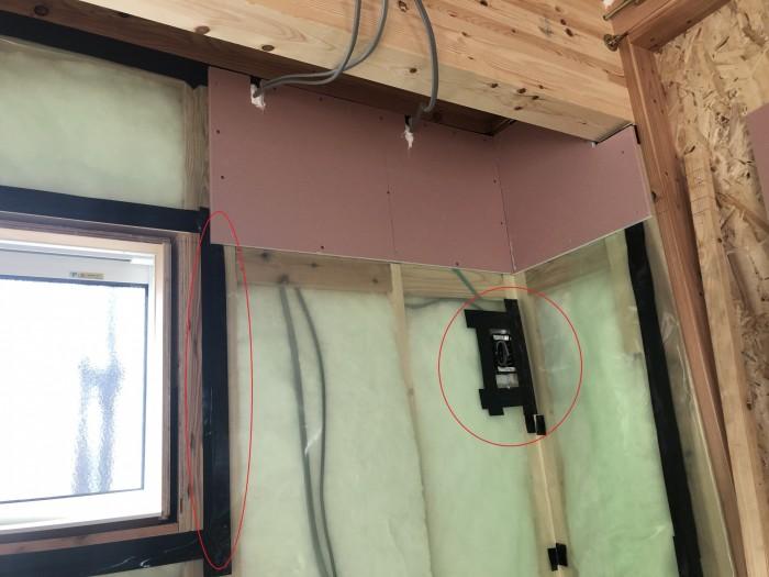 気密テープの施工です。田村郡三春町| 郡山市 新築住宅 大原工務店のブログ