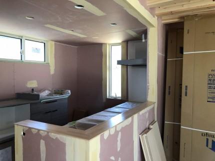クロス工事が始まりました 岩瀬郡鏡石町 |郡山市 新築住宅 大原工務店のブログ