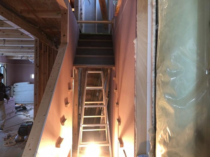 途中まで階段が完成しました。郡山市熱海町| 郡山市 新築住宅 大原工務店のブログ