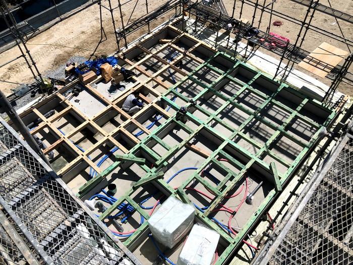 土台入れの様子です。 郡山市 新築住宅 大原工務店のブログ