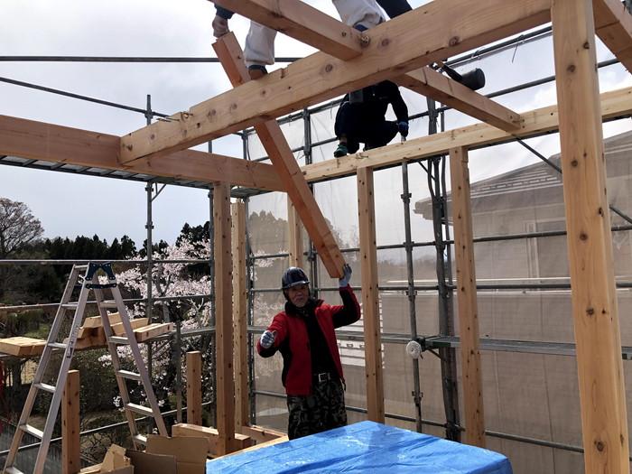 新築の構造材の組み上げです。 郡山市 新築住宅 大原工務店のブログ