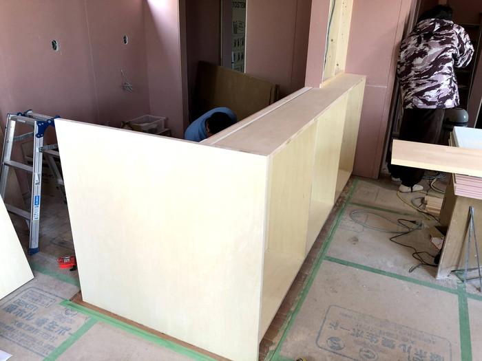 キッチン前のカウンター造作です。|郡山市 新築住宅 大原工務店のブログ