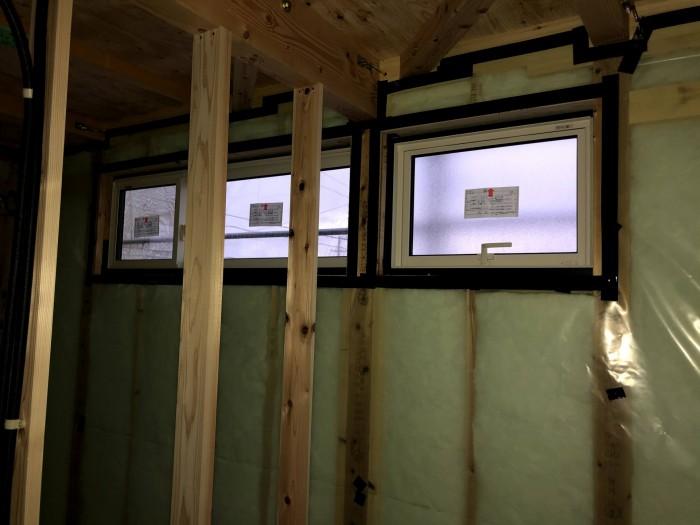防湿・気密シートの施工です。郡山市安積町|郡山市 新築住宅 大原工務店のブログ