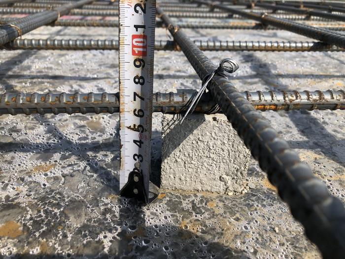 コンクリートのかぶり厚さのチェックです。|郡山市 新築住宅 大原工務店のブログ