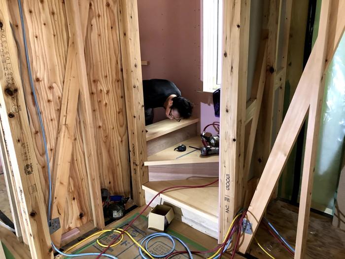 注文住宅の階段の施工です。|郡山市 新築住宅 大原工務店のブログ