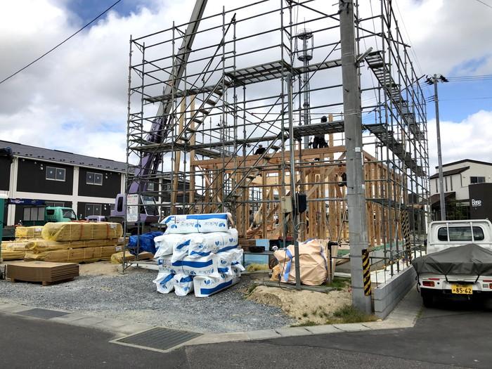 キューブ型の新築住宅、上棟です。|郡山市 新築住宅 大原工務店のブログ