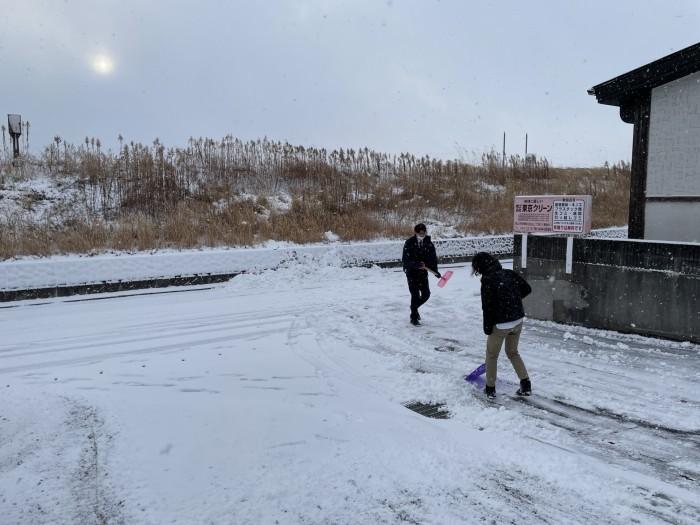 会社周りの雪かきをしました!| 郡山市 新築住宅 大原工務店のブログ