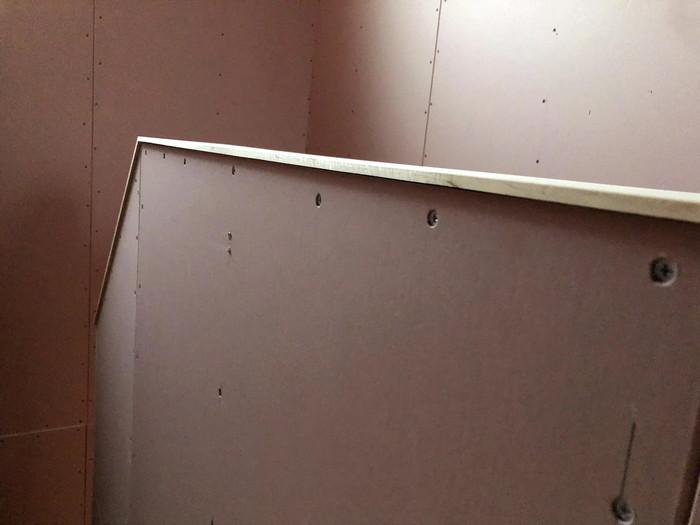 階段笠木の見える部分をカッコよく仕上げます。郡山市安積町  郡山市 新築住宅 大原工務店のブログ