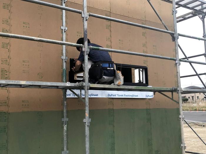 サッシの取付です。 郡山市 新築住宅 大原工務店のブログ
