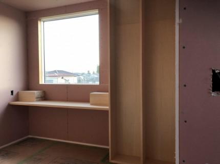 2階のフリースペースに本棚があります。郡山市田村町 郡山市 新築住宅 大原工務店のブログ